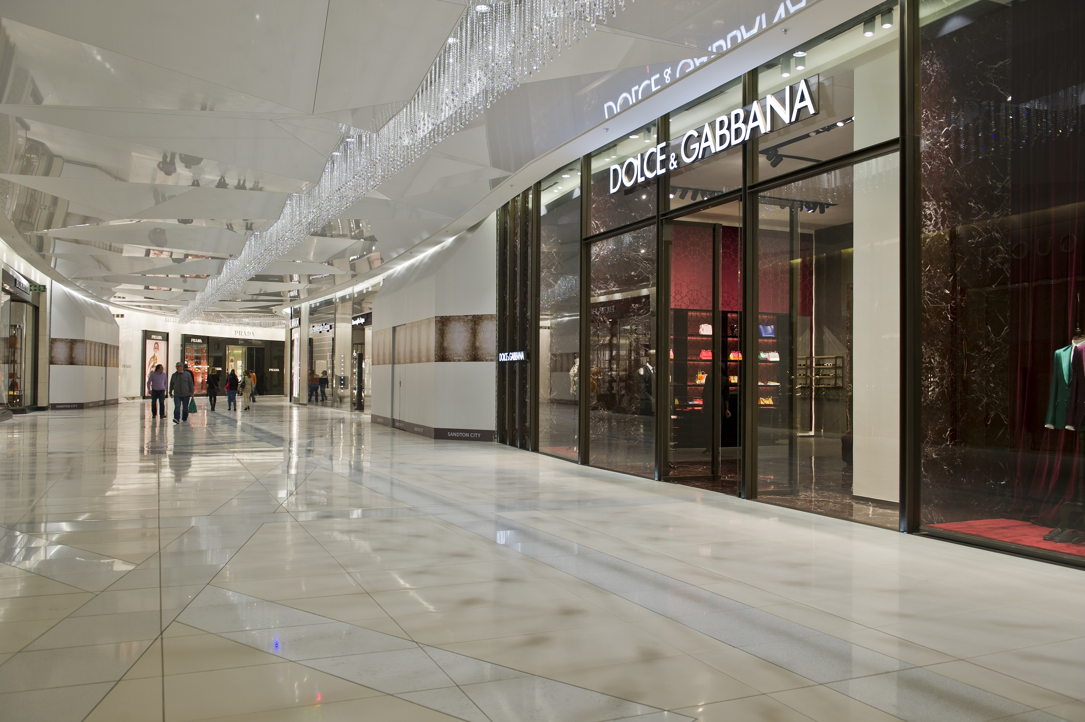 Sandton City Diamond Walk Dazzles At Its Glittering Launch